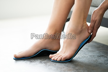 orthopedic shoe sole for flat foot