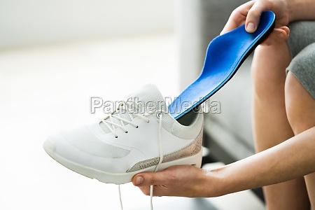 shoe sole in footwear for healthy