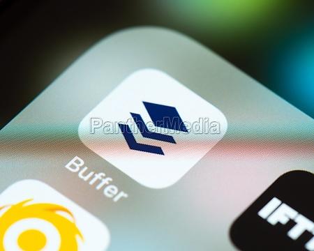 buffer app icon on apple iphone