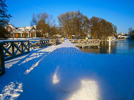 the jetty in winter on the