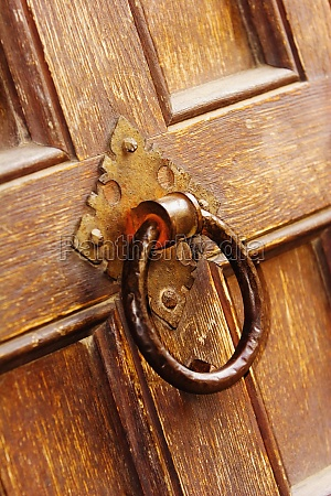 close up of a doorknocker on
