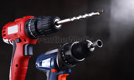 a pistol grip cordless drill and