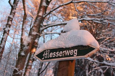 signpost messerweg
