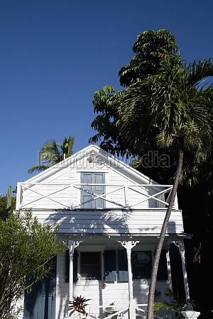 facade of a house key west