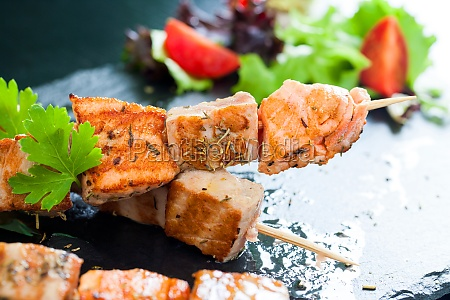 grilled tuna and salmon brochettes