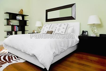 interiors, of, a, bedroom - 29417656