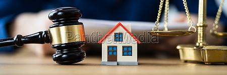 house property auction after divorce