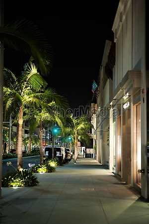 sidewalk at the rodeo drive at