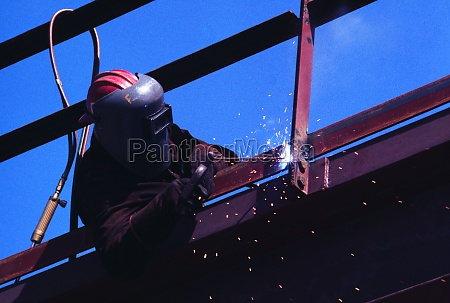 construction worker with mask