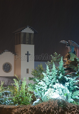 cristo rey parish church and monument