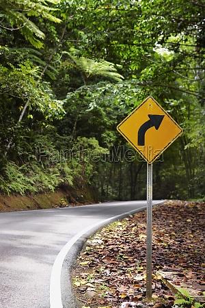 road sign at the roadside el