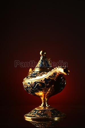 magical oil lamp