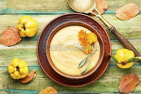 quince cold dessert soup