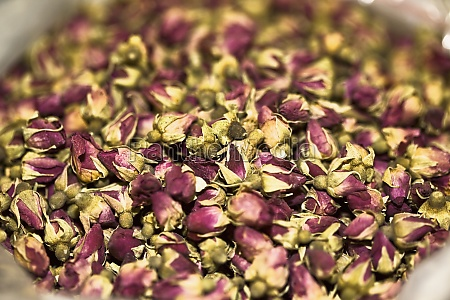 close up of dry roses at