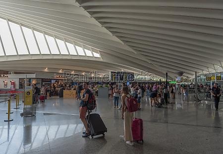 passenger terminal at bilbao airport designed