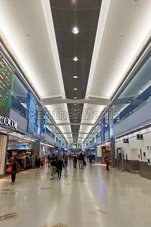 miami international airport mia terminal concourse