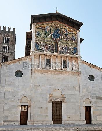basilica of saint ferdinand lucca