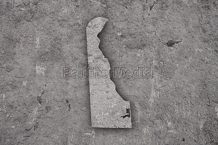 map of delaware on weathered concrete