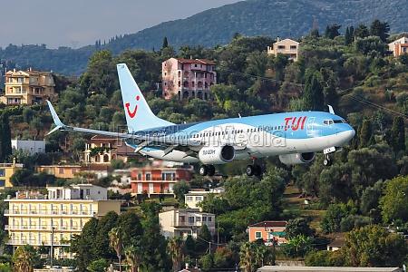 tui boeing 737 800 airplane corfu