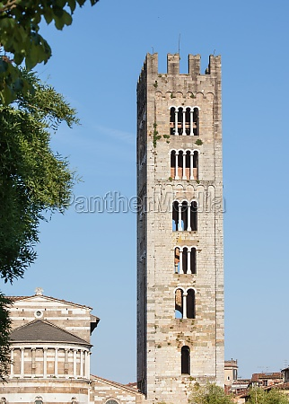 the san frediano church tower in