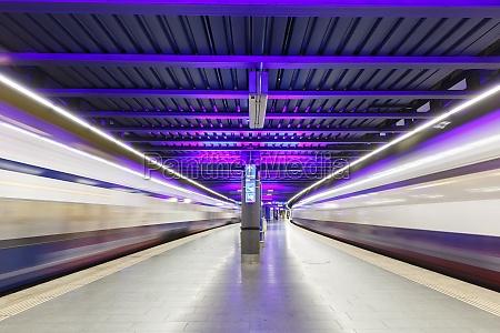 sbb trains at zurich airport railway