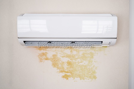 leaky air conditioner and water damage