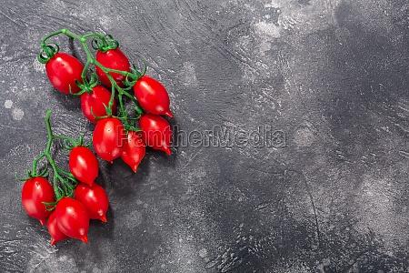 piennolo del vesuvio italian heirloom tomatoes