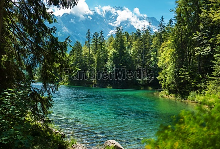 idyllic view of the eibsee in