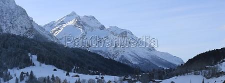 panoramic image of mount oldenhorn