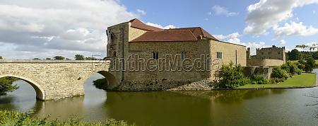 leeds castle south side maidstone