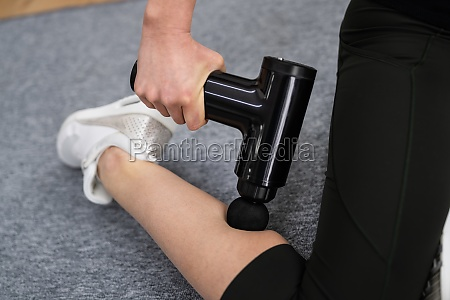 sport physical pain physiotherapy and muscle