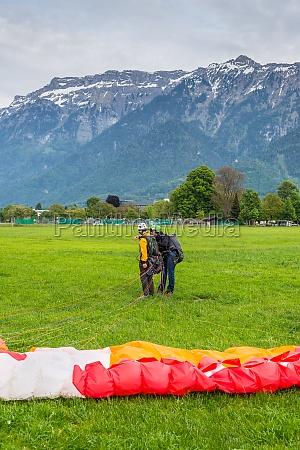 paragliding in interlaken switzerland