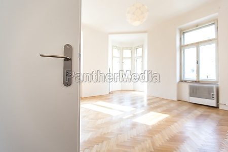 empty rental appartment ready for a