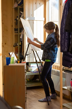 a ten year old girl draws