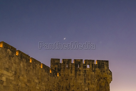 old jerusalem wall night scene