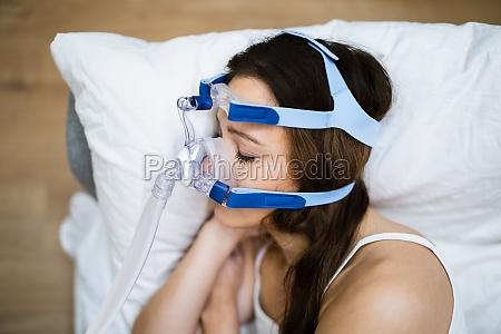 sleep apnea oxygen mask equipment