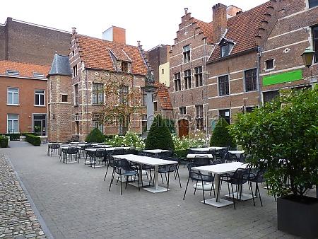 a inner courtyard in antwerp
