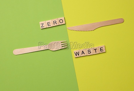 disposable wooden forks and knife for