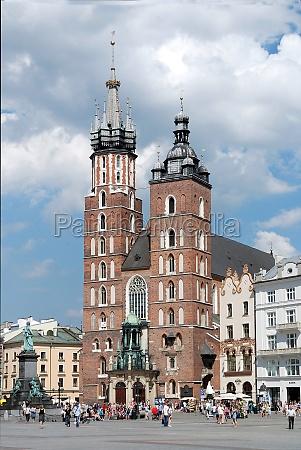 saint marys church in krakow