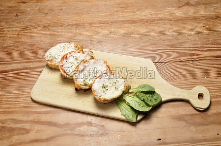 delicious garlic bread