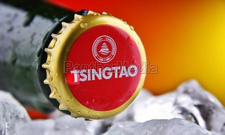 crown cap on a tsingtao beer
