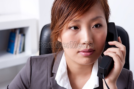 a female white collar workers