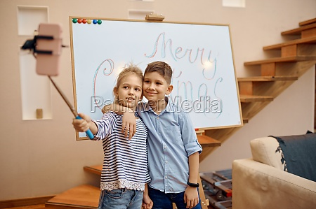 little bloggers makes selfie christmas blog
