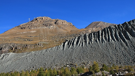 mountains rothorn and oberrothorn in autumn