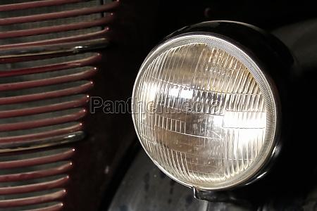 a head light on an old