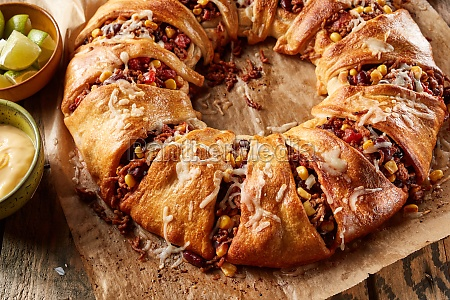 traditional mexican enchilada crescent ring