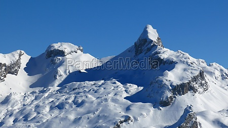 chronenstock in winter view from stoos