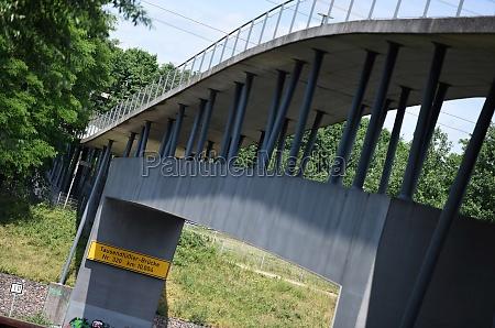 tausendfuessler bruecke in oberhausen deutschland