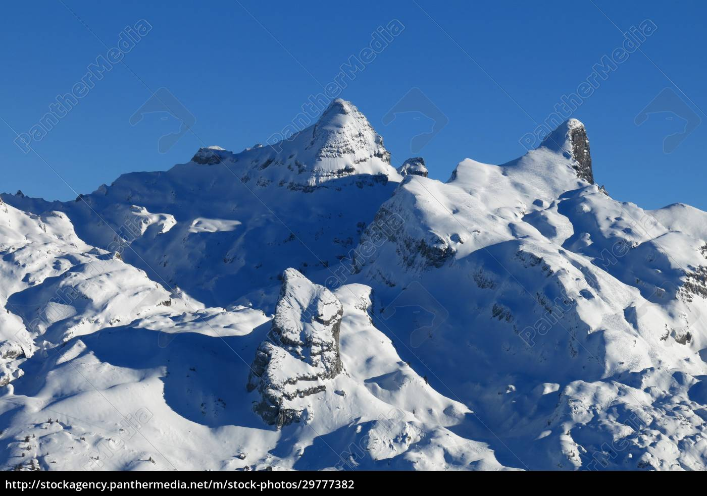 snow, covered, mountains, in, central, switzerland, - 29777382