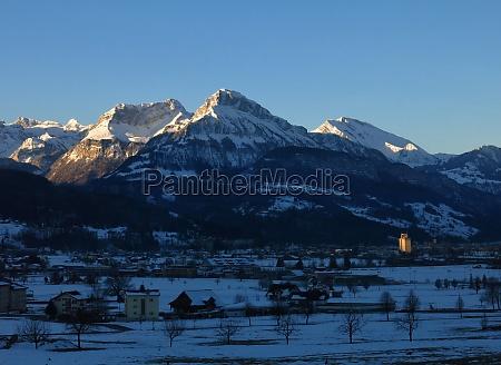 winter, morning, in, schwyz - 29777417